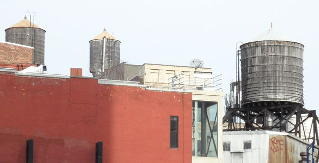 Ny City Rooftop Water Tanks